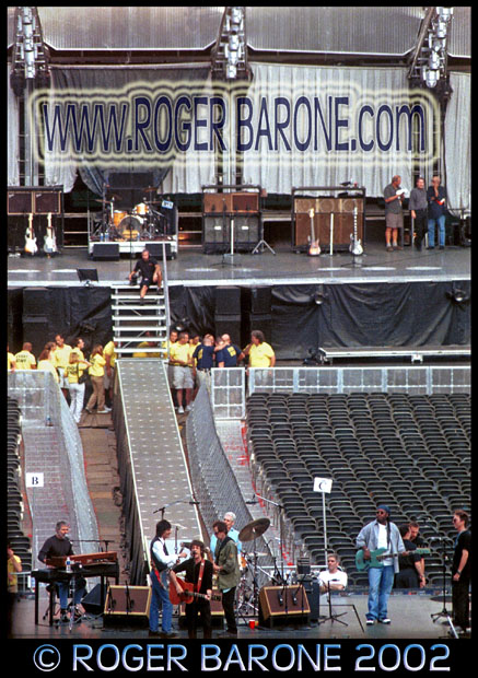 Rolling Stones rehearsal at Veterans Stadium photo by roger barone 2002