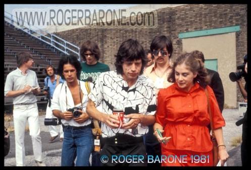 Rolling Stones Mick Jagger & Lisa Robinson JFK Stadium Philadelphia photo 8/26/81 © roger barone