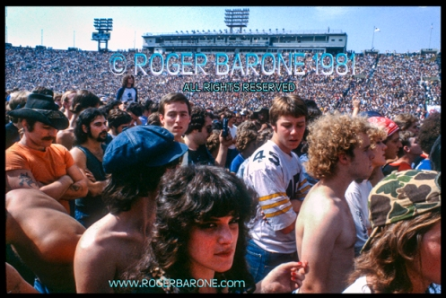"Rolling Stones crowd at first show of 1981 ""Tattoo You"" Tour Photo: roger barone 1981"