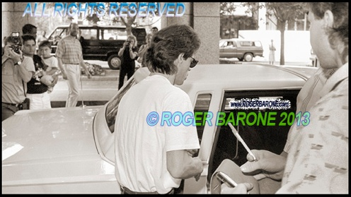 Rolling Stones Mick Jagger leaving Four Seasons Hotel in Philly © Roger Barone 1989 (August 27, 1989)