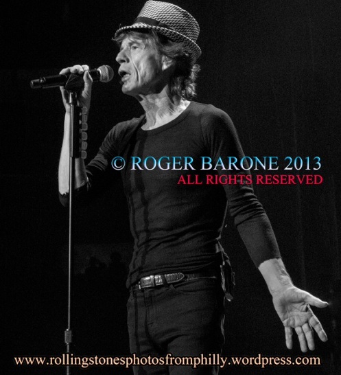 Mick Jagger houndstooth hat Wells Fargo Center, June 21, 2013. © roger barone 2013