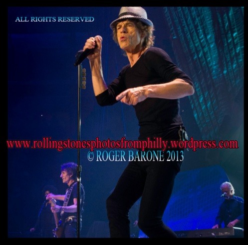 Mick Jagger Hounds Tooth Hat Wells Fargo Center Philly © Roger barone
