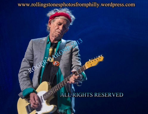 Keith Richards plays blonde fender telecaster guitar at Wells Fargo Center. June 21, 2013 © Roger Barone