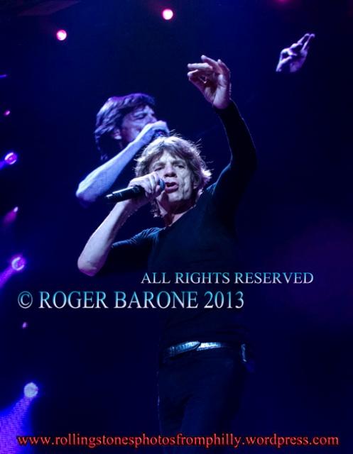 Mick Jagger singing Midnight Rambler philly, june 21, 2013 © roger barone 2013