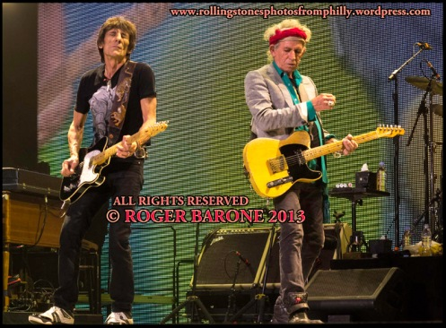 Ronnie Wood and Keith Richards Philly June 21, 2013 photo by roger barone
