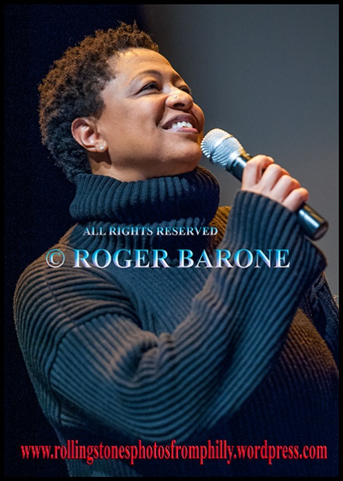Lisa Fischer Rolling Stones backup singer, Mandell Theater philadelphia, april 15, 2013, photo by roger barone