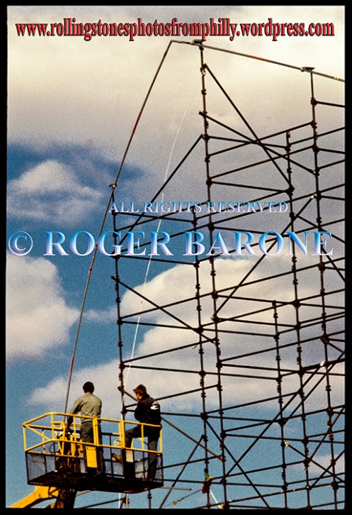 "philadelphia stagehands building rolling stones 1981 ""Steel Wheels"" Tour stage, sept 24, 1981. photo: roger barone"
